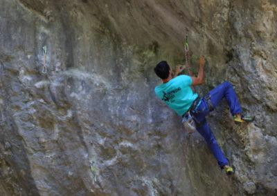 Climbing - Adi Margea - foto Andrei Posmosanu